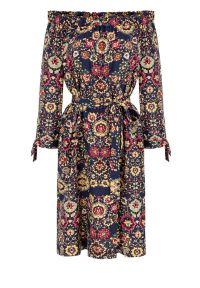 Sukienka Vito Vergelis klasyczna, z dekoltem typu hiszpanka