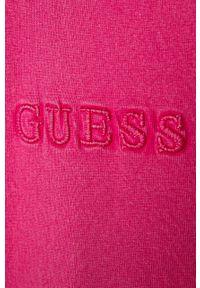 Różowy t-shirt Guess Jeans na co dzień, casualowy