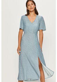 Niebieska sukienka ANSWEAR rozkloszowana, wakacyjna, w kwiaty, na co dzień