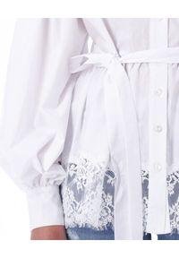 Ermanno Firenze - ERMANNO FIRENZE - Biała koszula z koronką. Kolor: biały. Materiał: koronka. Długość: długie. Wzór: koronka. Styl: elegancki