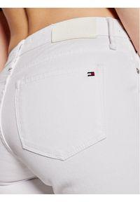Białe szorty jeansowe TOMMY HILFIGER