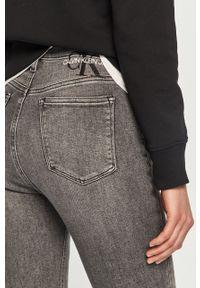 Szare jeansy Calvin Klein Jeans z podwyższonym stanem