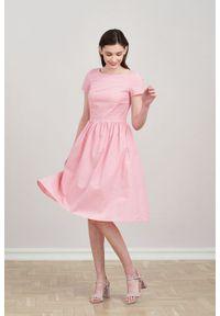 Marie Zélie - Sukienka Melania różowa oxford. Kolor: różowy. Materiał: bawełna, skóra. Długość rękawa: krótki rękaw. Sezon: lato