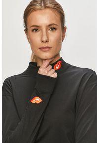 Nike Sportswear - Longsleeve. Kolor: czarny. Materiał: dzianina. Długość rękawa: długi rękaw. Wzór: nadruk