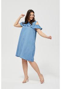 Niebieska sukienka MOODO casualowa, z odkrytymi ramionami