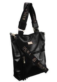 Shopper damski czarny Badura TD_201CZ_CD. Kolor: czarny. Dodatki: z breloczkiem, z frędzlami. Materiał: skórzane