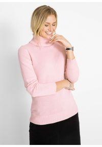 Różowy sweter bonprix z golfem