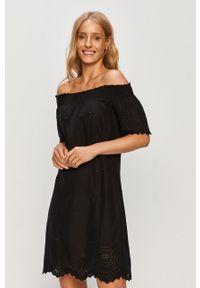 Czarna sukienka only na co dzień, casualowa, prosta, z dekoltem typu hiszpanka