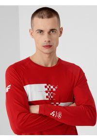 4f - Longsleeve męski Chorwacja - Tokio 2020. Kolor: czerwony. Materiał: bawełna, dzianina. Długość rękawa: długi rękaw. Długość: długie. Wzór: nadruk. Sezon: lato