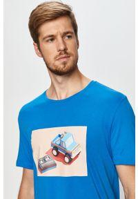Niebieski t-shirt John Frank z okrągłym kołnierzem, z nadrukiem, casualowy, na co dzień