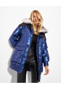 FLO&CLO - Granatowa kurtka Hellios. Kolor: niebieski. Materiał: puch, futro, materiał. Długość: długie. Wzór: aplikacja, nadruk