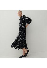 Reserved - Wzorzysta sukienka z wiskozy - Czarny. Kolor: czarny. Materiał: wiskoza