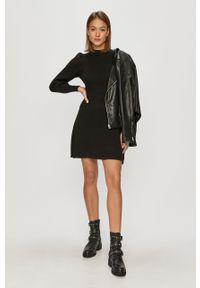 Czarna sukienka only mini, casualowa, na co dzień, z długim rękawem