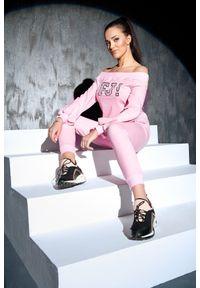 Różowa bluza sportowa FJ! z aplikacjami, z dekoltem typu hiszpanka