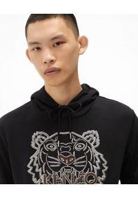 Kenzo - KENZO - Czarna bluza z tygrysem. Typ kołnierza: kaptur. Kolor: czarny. Materiał: bawełna. Długość rękawa: długi rękaw. Długość: długie. Wzór: haft. Styl: klasyczny