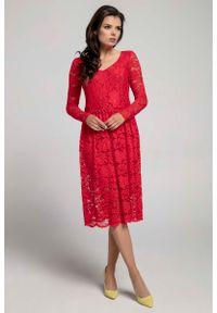 Nommo - Czerwona Wizytowa Rozkloszowana Sukienka z Koronki. Kolor: czerwony. Materiał: koronka. Wzór: koronka. Styl: wizytowy