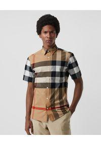 Burberry - BURBERRY - Koszula w kratę z krótkim rękawem. Kolor: brązowy. Materiał: materiał. Długość rękawa: krótki rękaw. Długość: krótkie. Styl: elegancki