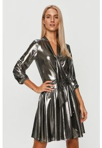 Liu Jo - Sukienka. Kolor: srebrny. Materiał: tkanina