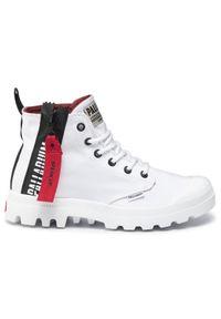 Białe buty trekkingowe Palladium z cholewką