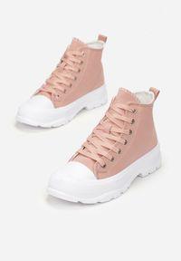Born2be - Różowe Trampki Viviarinia. Wysokość cholewki: za kostkę. Nosek buta: okrągły. Kolor: różowy. Materiał: jeans, materiał, guma. Szerokość cholewki: normalna