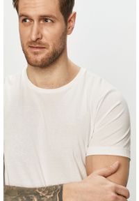 Biały t-shirt s.Oliver gładki