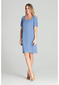 e-margeritka - Sukienka midi lekko taliowana niebieska - l. Typ kołnierza: dekolt kwadratowy. Kolor: niebieski. Materiał: materiał, poliester. Styl: elegancki. Długość: midi