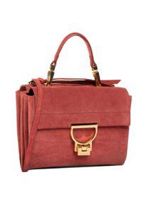 Czerwona torebka klasyczna Coccinelle casualowa, zamszowa