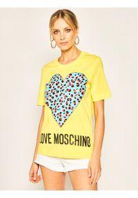 Love Moschino - LOVE MOSCHINO T-Shirt W4F152DM3876 Żółty Regular Fit. Kolor: żółty