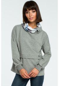 e-margeritka - Damska bluza bawełniana z kolorowym kołnierzem szara - 2xl/3xl. Kolor: szary. Materiał: bawełna. Długość rękawa: długi rękaw. Długość: długie. Wzór: kolorowy. Sezon: jesień, zima