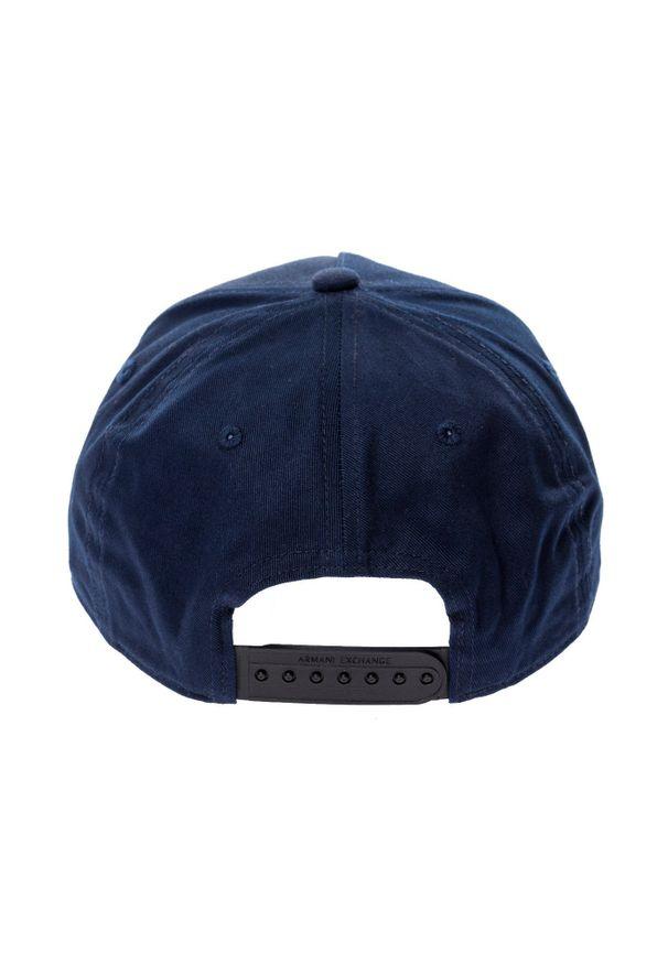 Nakrycie głowy Armani Exchange na zimę, casualowe