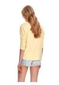 TOP SECRET - Luźna bluza nierozpinana. Kolor: żółty. Materiał: tkanina. Długość rękawa: długi rękaw. Długość: długie. Sezon: lato. Styl: klasyczny, wakacyjny