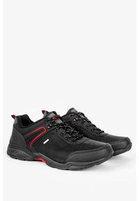 Badoxx - Czarne buty trekkingowe sznurowane badoxx exc8145/r. Kolor: wielokolorowy, czerwony, czarny