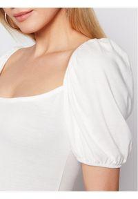 Biała sukienka letnia NA-KD