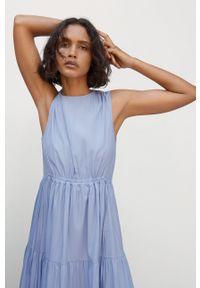 mango - Mango - Sukienka Abril. Kolor: niebieski. Materiał: tkanina, poliester. Typ sukienki: rozkloszowane
