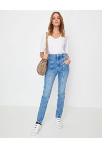 ISABEL MARANT - Niebieskie jeansy Straight Fit. Okazja: na co dzień. Stan: podwyższony. Kolor: niebieski. Wzór: aplikacja. Styl: sportowy, casual, klasyczny