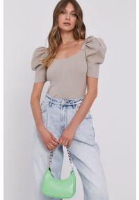 Beżowy sweter Miss Sixty gładki, krótki, klasyczny