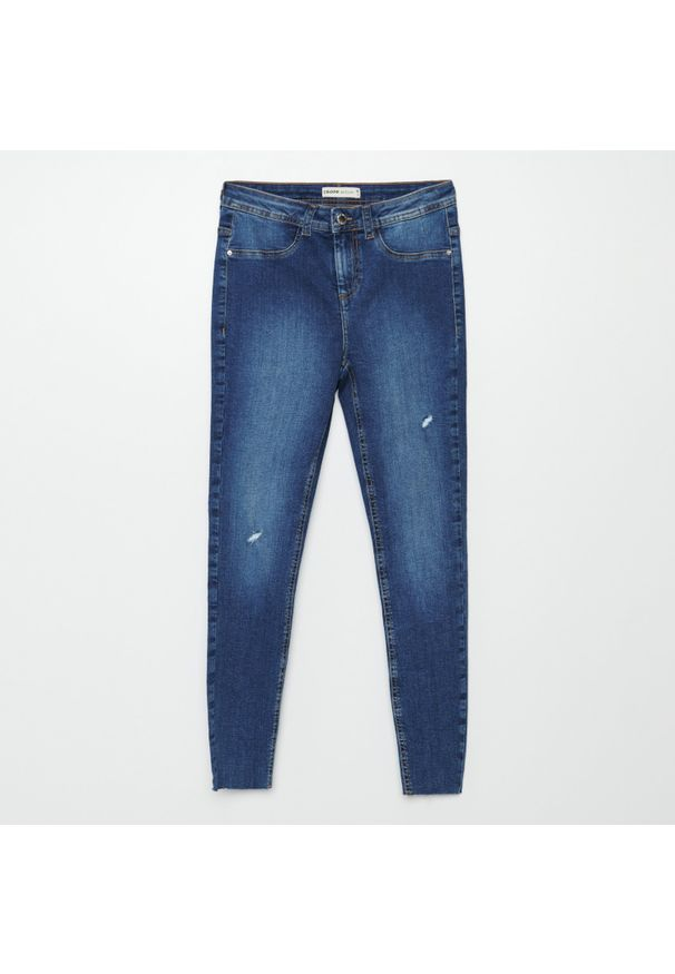 Niebieskie jeansy Cropp z obniżonym stanem