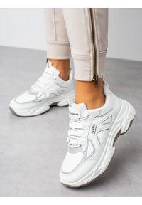 Białe buty sportowe Casu z cholewką, na co dzień