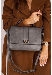 Casu - Szara torebka mała z rączką casu ak-57980821. Kolor: szary
