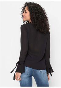 Czarna bluzka bonprix z dekoltem w serek, elegancka