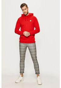 Czerwona bluza nierozpinana adidas Originals casualowa, z kapturem, na co dzień