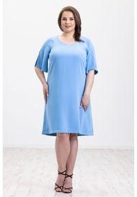Moda Size Plus Iwanek - Niebieska sukienka Eliza XXL OVERSIZE LATO. Kolor: niebieski. Materiał: elastan, tkanina, poliester. Sezon: lato. Typ sukienki: oversize. Styl: klasyczny, elegancki