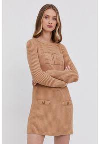 Elisabetta Franchi - Sukienka. Kolor: beżowy. Długość rękawa: długi rękaw. Typ sukienki: dopasowane