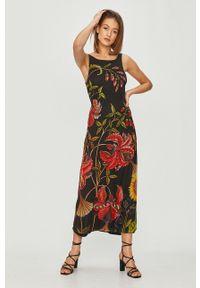Czarna sukienka Desigual rozkloszowana, maxi, casualowa, na ramiączkach