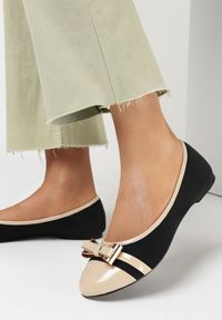Born2be - Czarno-Beżowe Balerinki Diolora. Nosek buta: okrągły. Kolor: czarny. Materiał: nubuk, lakier, skóra ekologiczna, syntetyk. Szerokość cholewki: normalna. Wzór: aplikacja. Obcas: na płaskiej podeszwie