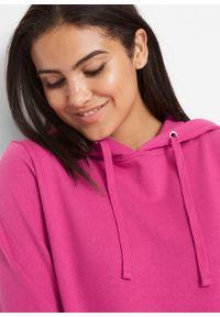 Bluza z kapturem basic bonprix różowa magnolia. Typ kołnierza: kaptur. Kolor: różowy. Styl: sportowy