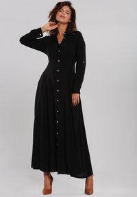 Renee - Czarna Sukienka Hillcrest. Kolor: czarny. Długość rękawa: długi rękaw. Typ sukienki: koszulowe. Długość: maxi