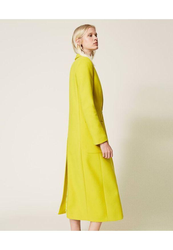 TwinSet - Cytrynowo żółty płaszcz wełniany Twinset. Kolor: żółty. Materiał: wełna. Długość: długie. Wzór: aplikacja