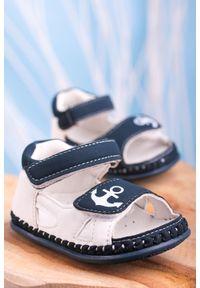 Casu - granatowe sandały niemowlęce niechodki ze skórzaną wkładką na rzepy casu fx84. Zapięcie: rzepy. Kolor: niebieski. Materiał: skóra