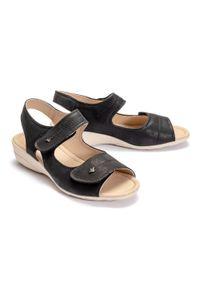 Aloeloe - ALOELOE AA244048 czarny, sandały damskie. Zapięcie: rzepy. Kolor: czarny. Obcas: na koturnie